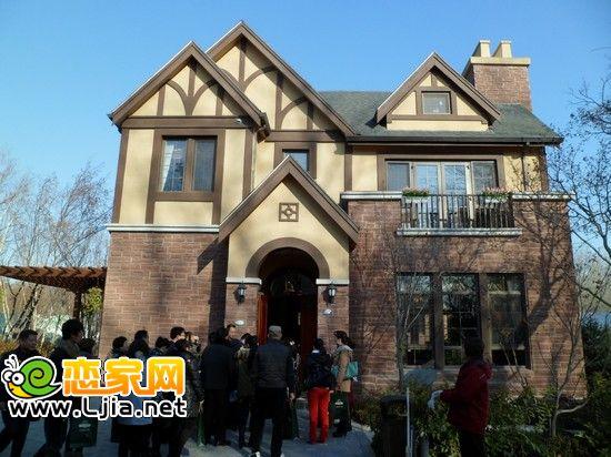 温哥华森林·北郡位于北京别墅黄金带,奥北别墅区的核心位置;赵都华府图片