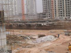 锦绣江南3#楼正在做地下1层(2013.03.23)