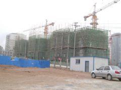 锦绣江南1#楼工地实景(2013.04.22)