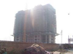 圣水湖畔2#楼施工现场(2011.10.18)