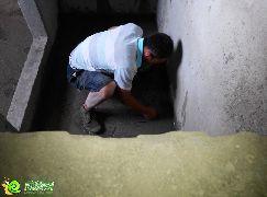 地面找平施工中(2014.07.21)