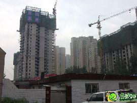 汉成华都2#实景图(2014.07.31)