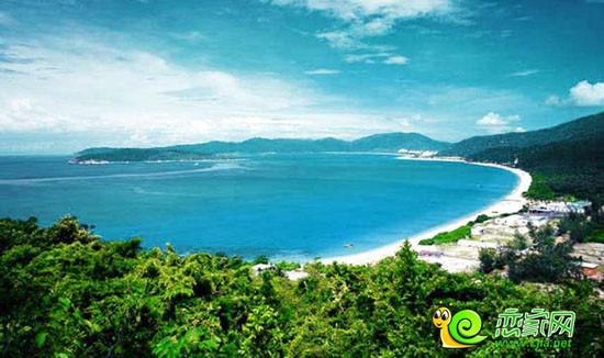 有大小岛屿40个,主要岛屿10个,面积较大的有西瑁洲岛2.