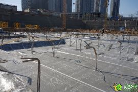 项目南区浇筑完成后的垫层(2014.12.22)