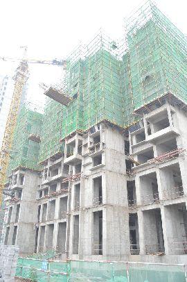 江南锦苑景图8#楼已出地面9层左右(2015.08.09)