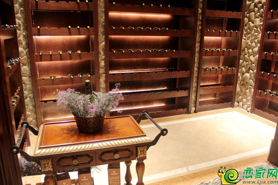 探访隆基泰和·紫岸别墅内部,体验欧式古堡风情