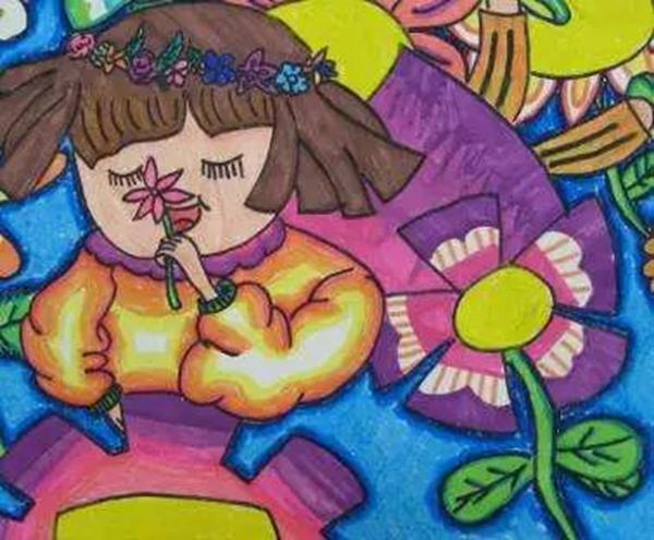 3/18 少儿绘画    简单涂鸦开始,孩子就在不断创新,从最开始运动