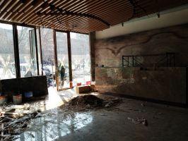 孔雀城展廳正在裝修(2018.3.24)