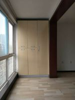 连城别苑精装全套3居室,配套齐全,好楼层