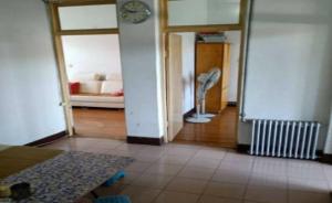 绿化路8号院,两室一厅 58平米带双气