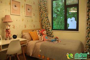 美的花溪谷样板间儿童房