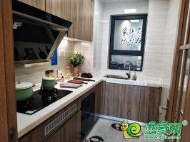 美的悦江府125㎡厨房