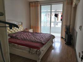 中華南4號院精裝修 老證可貸款 急售,帶小房 看房方便
