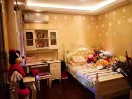 安居東城首府 精裝四居室 送家具家電拎包住 僅此一套