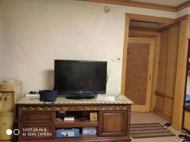 天鸿附近 亚太清水苑二层精装三居室 老证可贷款