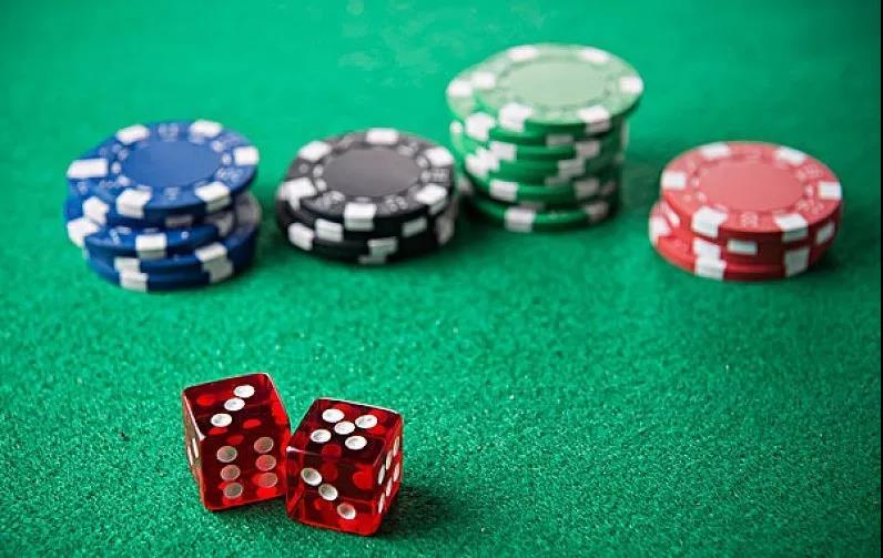【街头名字】花溪谷狂欢时刻丨拉斯维加斯狂欢,赌神秘籍送给你!