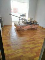 出租下莊小區6層117平三室2廳月租700元