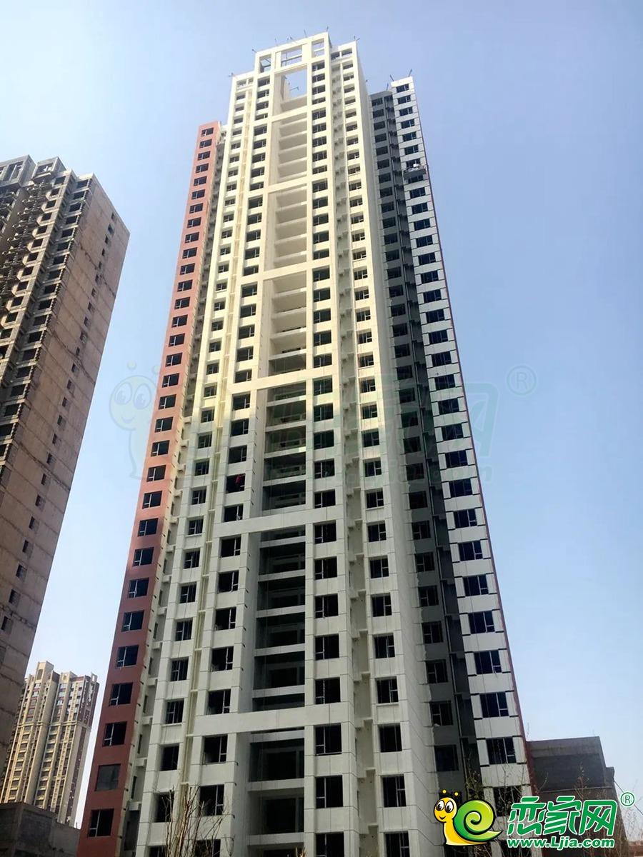 和润嘉园1号楼实景图(2020.03.27)