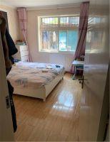 裕康小區一樓帶小院精裝大三居老證唯一南北通透可貸款隨時看房