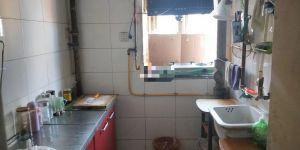 新丹兰附近 两居室  低层  家具家电全 拎包入住 要求长租