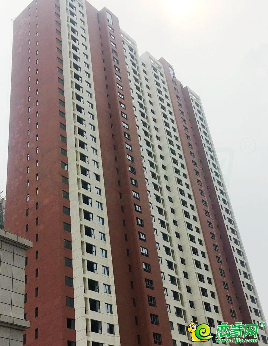 和润嘉园7号楼实景图(2020.07.15)