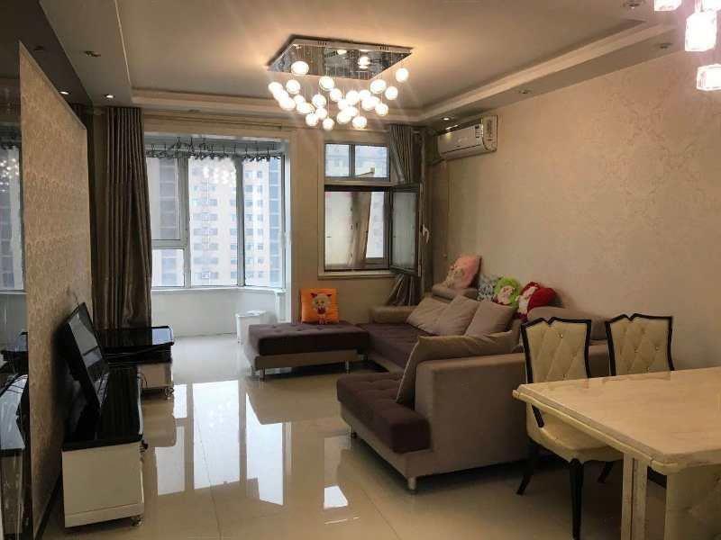 9号地泰和园 好楼层 中高层 93平93万 精装修视野开阔