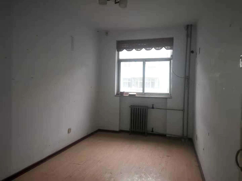單價7800.四室三廳雙衛。南北通透戶型方正