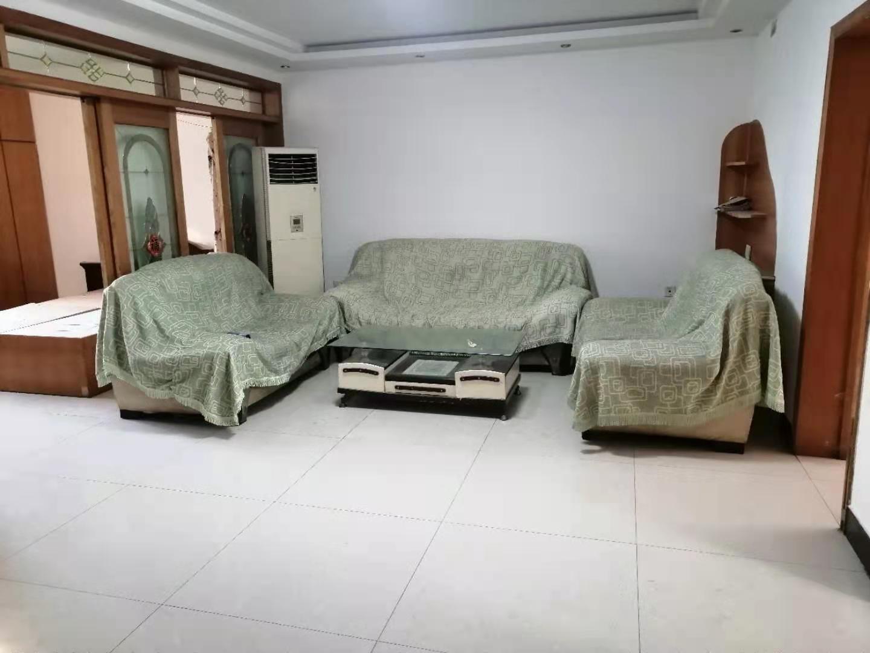 人和小区3楼 110平大三居 老证能贷款 育华天鸿鑫港