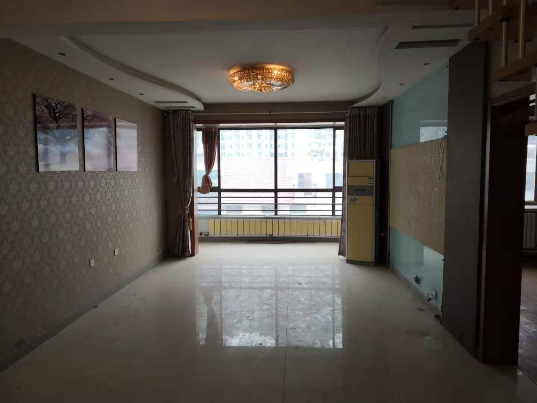 家和小区南院 小高层电梯房 七层带阁楼有大平台地下室