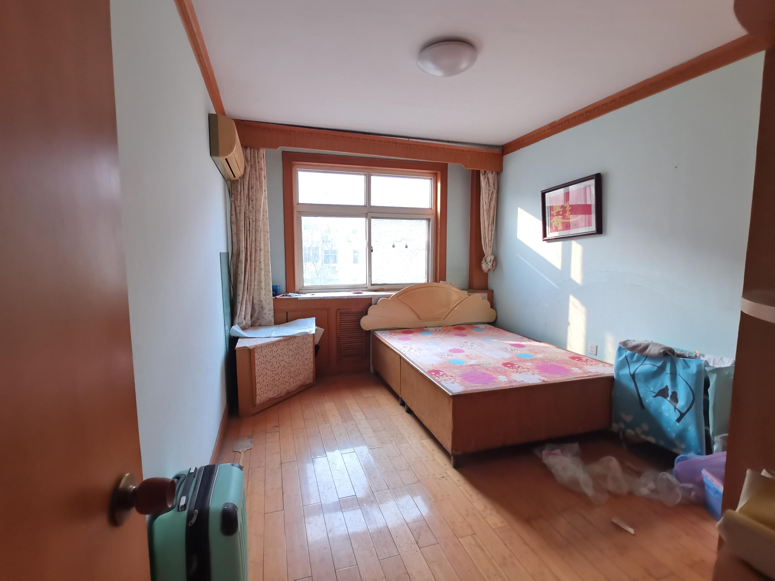广安小区三层大三居有钥匙随时看房