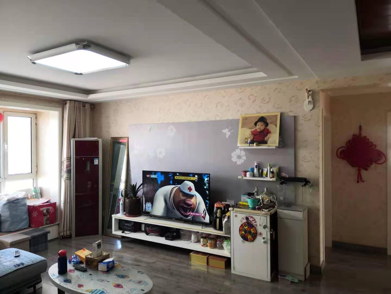 荣盛锦绣花苑 老证唯一两居室带地下室 南北通透