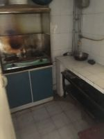 幸福街事故科附近单元房双气70平700元简装空调热水器家具