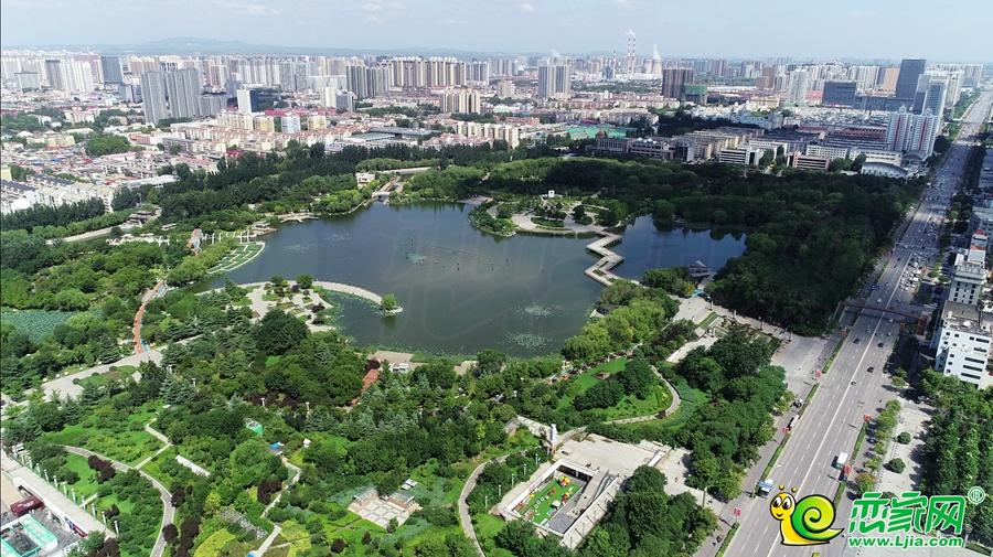 环球中心 | 一路相望龙湖公园,您的私家天然氧吧
