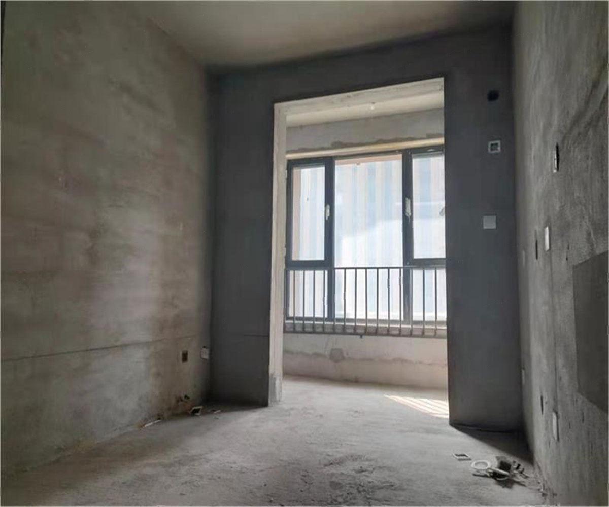 美的拉德芳斯 三居室包  更名  诚意出售随时签约 看房随时