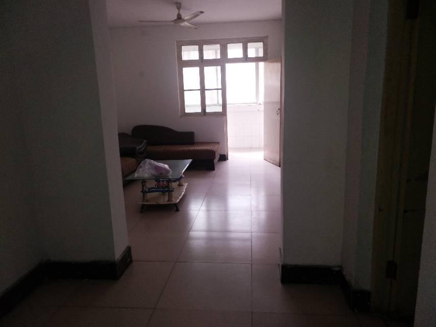 火车站附近1楼 标准的一室一厅