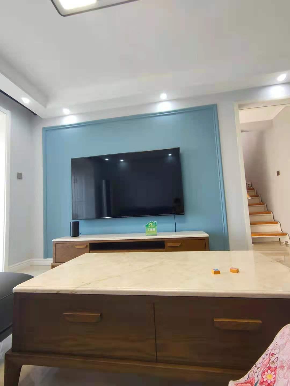 急售 绿树林枫 小高层 洋房 精装修 送家具家电 地下室