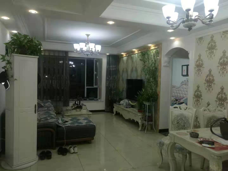 萬浩金百合西區精裝修3居室能貸款看房方便