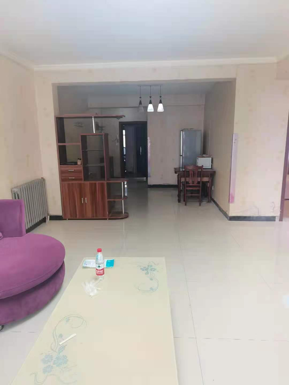 藍天金地2居室總價低有證能貸款隨時看房