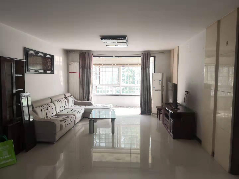 家和小区南院低楼层三室两卫带地下室看房方便
